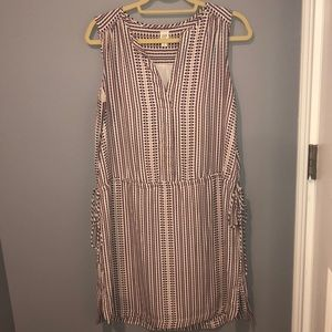 Beautiful spring/summer dress with pockets!